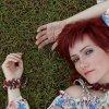 Russian born singer Innessa tells stories in her own way. She has released her album Golden Wreath.