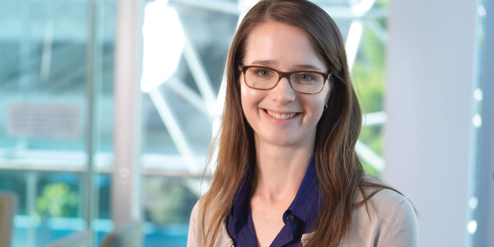 As a young girl growing up on the Sunshine Coast, Dr Laura Bray knew she wanted to one day help others. Now her research on understanding and treating breast cancer is recognised as world class.